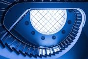 Treppenhaus in blau